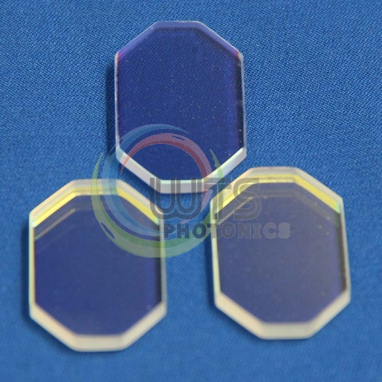 Broadband Dielectric Mirrors